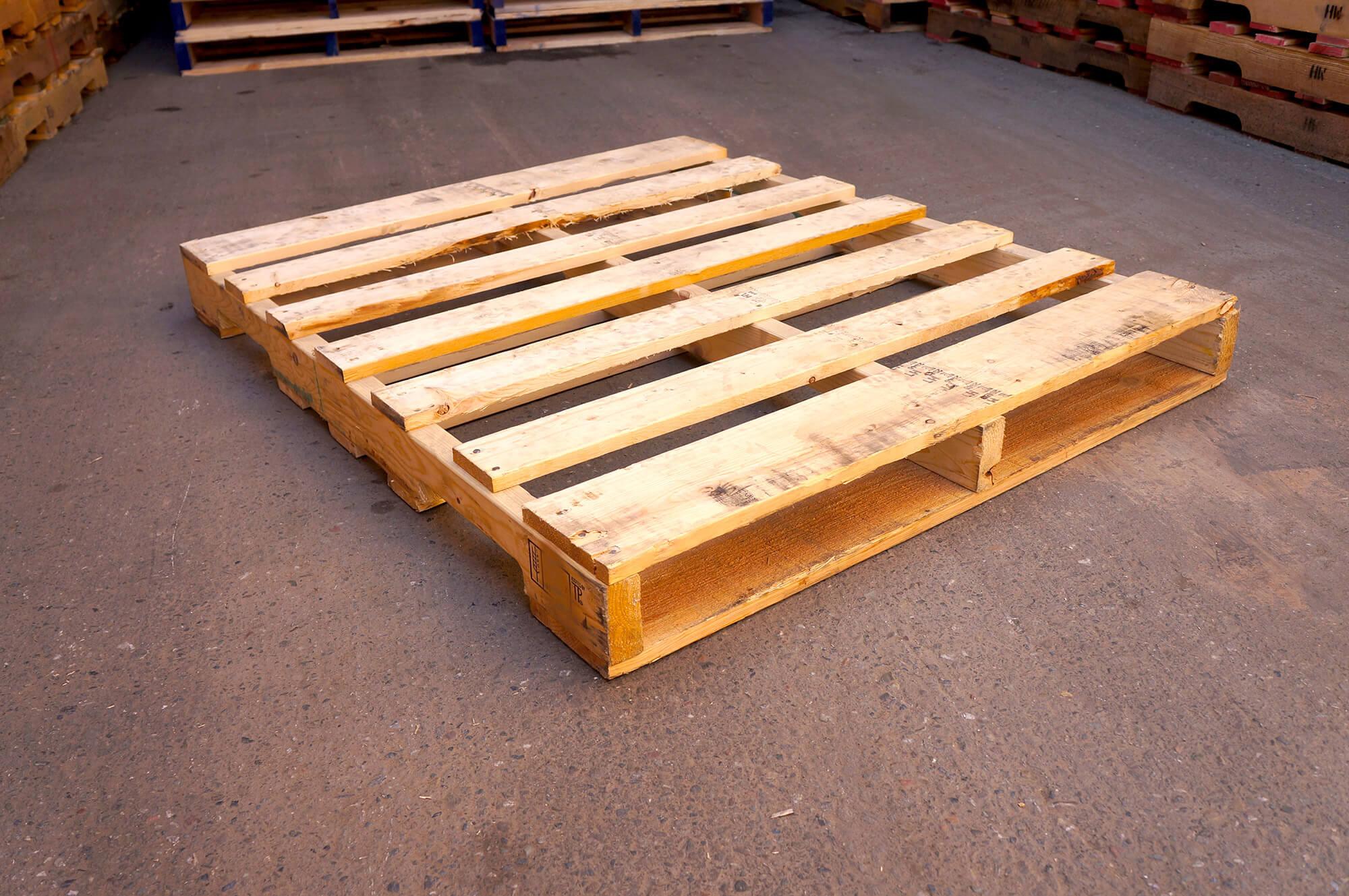 Pallets Manufacturer, Wood & Plastic Pallets Supplier